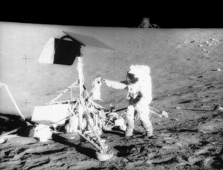 Визит Аполлона-12 к Сюрвейору